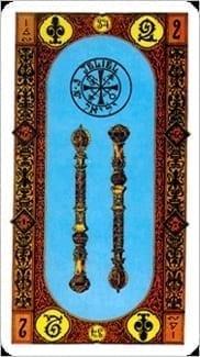 Карта Двойка Жезлов из колоды Ступени Золотого Таро