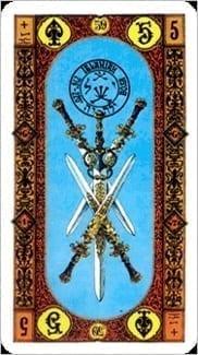 Карта Пятерка Мечей из колоды Ступени Золотого Таро