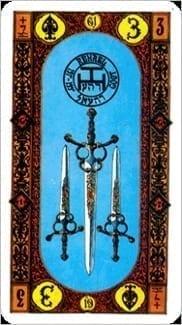 Карта Тройка Мечей из колоды Ступени Золотого Таро