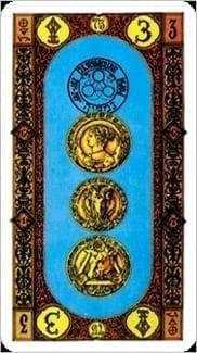 Карта Тройка Пентаклей из колоды Ступени Золотого Таро