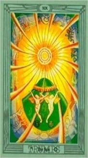 Карта Солнце из колоды Таро Тота Алистера Кроули