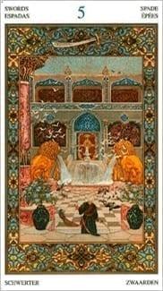 Карта Пятерка Мечей из колоды Таро Тысяча и одна Ночь